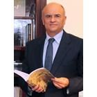 Димитриос Хронопулос е посланик на Гърция в България от октомври 2019 г. Завършил е Юридическия факултет на Атинския университет, има следдипломна квалификация от Харвардския университет в САЩ. Работил е в посолствата на Гърция в Турция, САЩ, Германия и Нидерландия, както и в представителството на страната в НАТО.