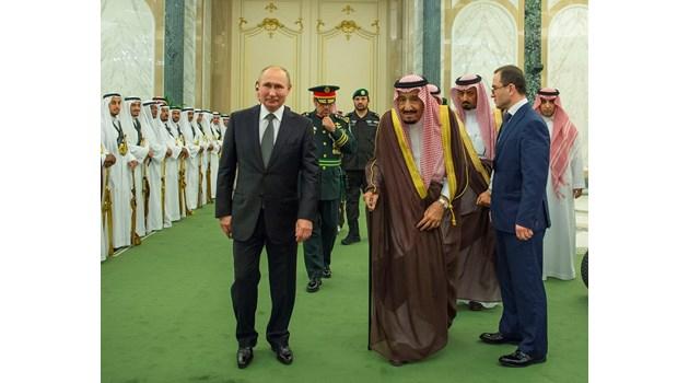 Ще срине ли Рияд с евтин петрол Русия като през 1985 г.