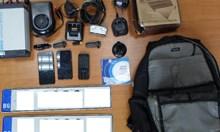 Гърция арестува българка за най-малко 13 обира на коли, издирват приятеля й