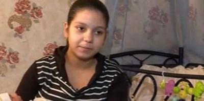 14-годишната Румяна от Лом вече има второ бебе. СНИМКА: Камелия Александрова