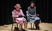 Защо Меган придружи кралицата само месец след сватбата, а на Кейт й отне 8 години? Дали Елизабет II харесва повече втората си снаха?