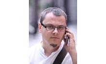 Румен Радев взе армията за заложник