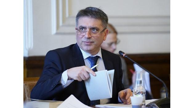 Правната комисия отхвърли ветото на президента върху Изборния кодекс (Снимки)