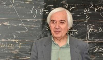 Учителят по физика Тео  ще изнесе вдъхновяваща лекция в Бургас.