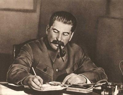 Сталин иска да контролира Гърция чрез Балканската федерация.