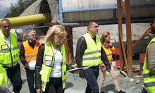 """Аврамова: Ще строим """"Струма"""" през Кресненското дефиле с европари или от бюджета"""