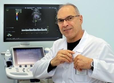 Директорът на университетската болница проф. Борис Богов
