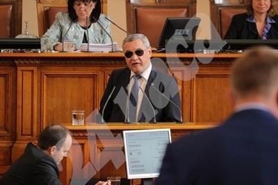 Валери Симеонов СНИМКА: Румяна Тонева