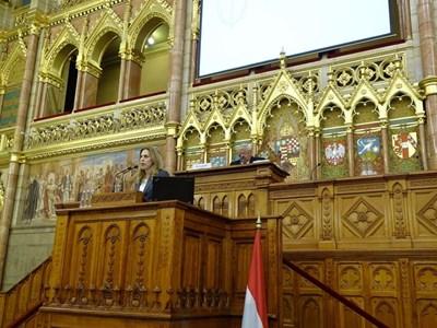 Марияна Николова  СНИМКИ: Правителствена пресслужба
