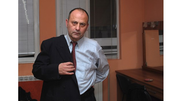 Филип Трифонов - Момчето си отиде огорчено