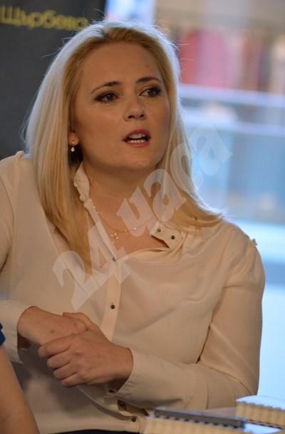 Лора Крумова слиза от екрана заради второто си майчинство. СНИМКА: 24 часа
