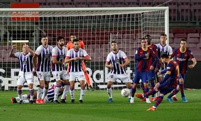 Освен че полува най-голямата заплата във футбола, Лионел Меси играе и в най-скъпия клуб на света. СНИМКА: РОЙТЕРС