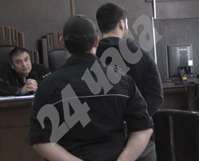 Желяз дава обяснения пред съда. СНИМКА: 24 часа