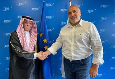 Председателят на ГЕРБ Бойко Борисов проведе среща с посланика на Кралство Саудитска Арабия Н. Пр. Месфер Алгхасеб по повод приключването на мандата му като посланик у нас Снимка: ГЕРБ