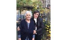 Свекърва ми Дафина и близначката й Вера на 80. Днес се събрахме да ги поздравим