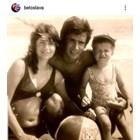 Белослава показа своя снимка като малка на плажа с родителите си