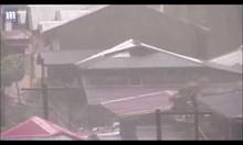 Десетки жертви на тайфуна във Филипините