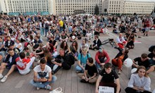 Арестуваните в Беларус бити в стаи за мъчения (Обзор)