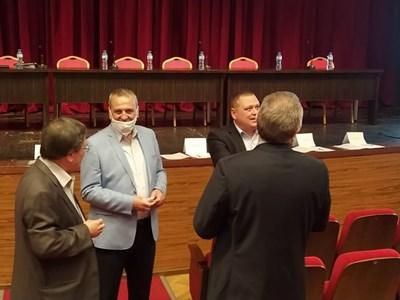Общинският съвет в Пловдив ще довършва дневния ред от предишната сесия.