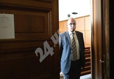 Адвокатът на шофьора на автобуса убиец - Христо Ботев СНИМКА: Десислава Кулелиева