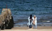 На плаж по време на пандемия
