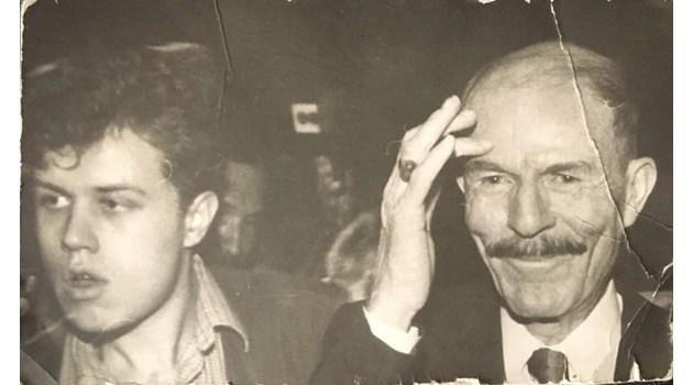 Сянката на Дури бе зад всяка грандиозна касапница, която се приписваше на Саддам