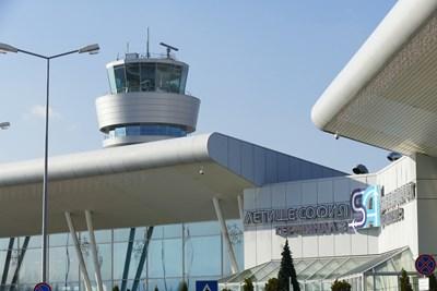 С решение на кабинета бяха отложени част от концесионните плащания за летището в София.