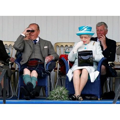Принц Филип и кралица Елизабет през 2011 г. СНИМКА: РОЙТЕРС