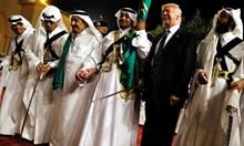 Войната на Тръмп срещу целия свят - всички да му платят, за да обнови икономиката си