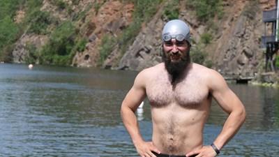 Преди да преплува Лох Нес, Александър тренира 2 месеца в бивша кариера. СНИМКА: Личен архив