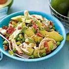 Нестандартна салата с авокадо, бекон и горчица