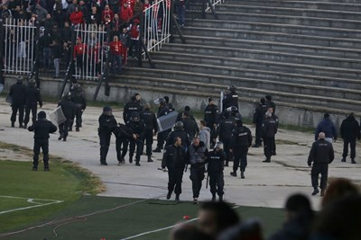 Мелето на футболния мач в Пловдив. СНИМКА: SPORTAL.BG