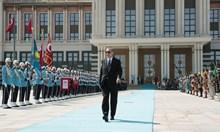 Луксът на Ердоган. Ето в какво охолство тъне