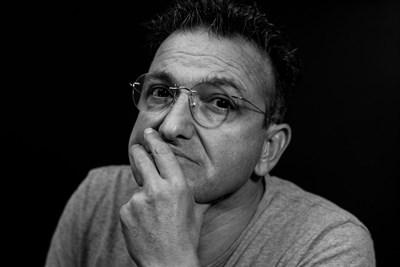 Васил Василев - Зуека: Заличих моя картина как Христос продава разпятия