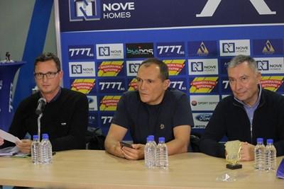 Васил Божков и Георги Попов (вдясно)