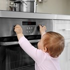 Как да научим детето да не пипа някои неща?
