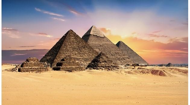 Край на конспирациите! Учени доказаха, че Древноегипетските пирамиди са построени от хора, а не извънземни