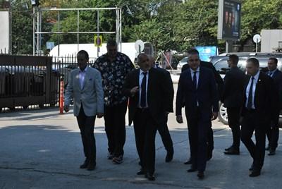 Премиерът Бойко Борисов обяви във Варна, че от януари се планира увеличение на заплатите в бюджетната сфера с 10%.