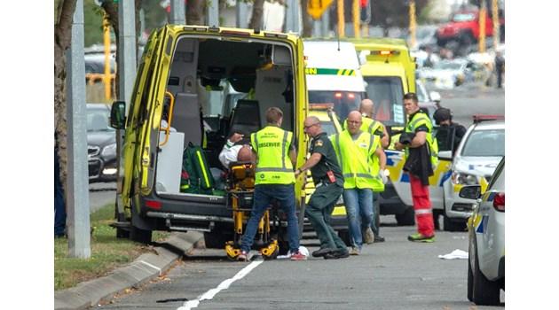 Жертвите на стрелбата в Нова Зеландия вече са 49 (Обновена)