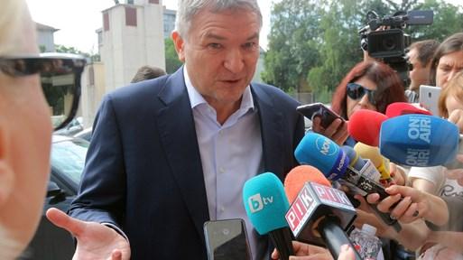 Как Бобоков лобирал чрез Пламен Узунов за помилване на осъден в Румъния (Снимки)