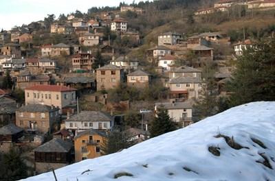 Жителите на с. Лилково се оплакват от набези на вълци. В съседното Лилково хората се въоръжават с колове.