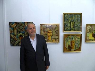 Художникът Николай Пенков откри 38-та си самостоятелна изложба СНИМКА: Камелия Александрова