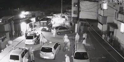 Камера на общината е заснела ексцесиите от 23 юни, когато ромите нападнаха жандармеристи.
