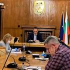 Общинският крицисен щаб взе решение за извънредна дезинфекция на пощенските клонове, в които от 7 април започва изплащането на пенсии.