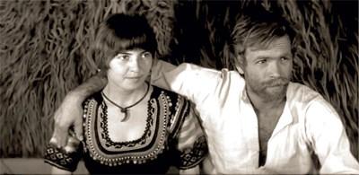 """Мария в """"Козият рог"""" - филмът, който я направи звезда. В ролята на овчаря е Милен Пенев"""
