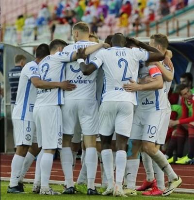 11 футболисти от шампиона на Беларус с коронавирус