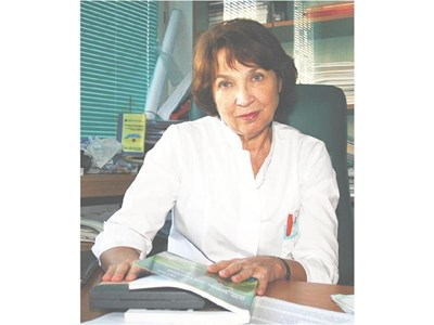 """Акад. Петя Василева, ръководител на Специализираната очна болница за активно лечение """"Акад. Пашев"""""""