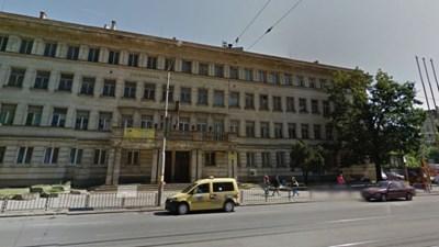 """В основата на делото стои сградата на Софийската техническа гимназия на бул. """"Ал.Стамболийски""""."""