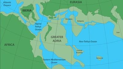Велика Адрия Карта:  GONDWANA RESEARCH (2019)