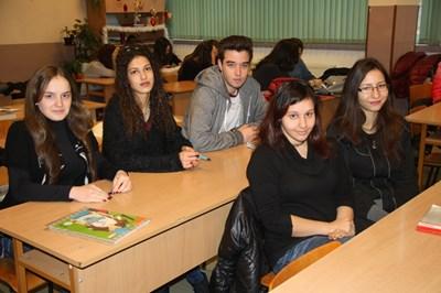 Тази година учениците от Смолянска област са първи на външното оценяване в IV клас, втори - на малките матури и при абитуриентите.